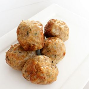 Chicken meat-balls Vadouvan 1kg (5 x 200gr) (kant-en-klaar) (100% kipfilet) -0