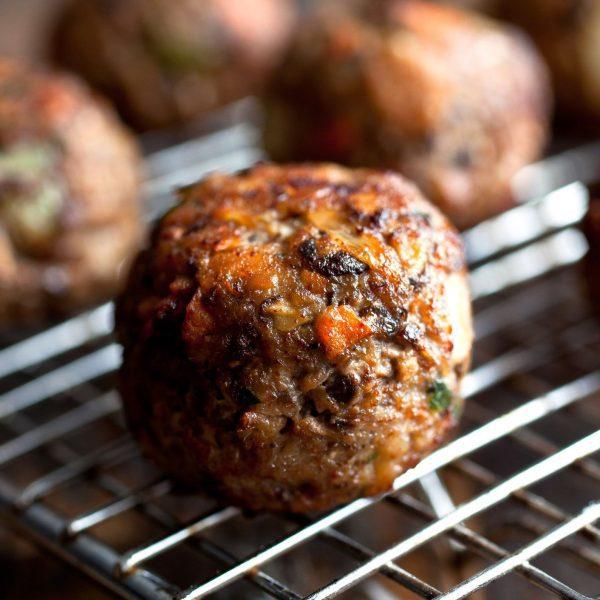 Beef meat-balls Peppered 1kg (5 x 200gr) (kant-en-klaar) (100% rundvlees) -0